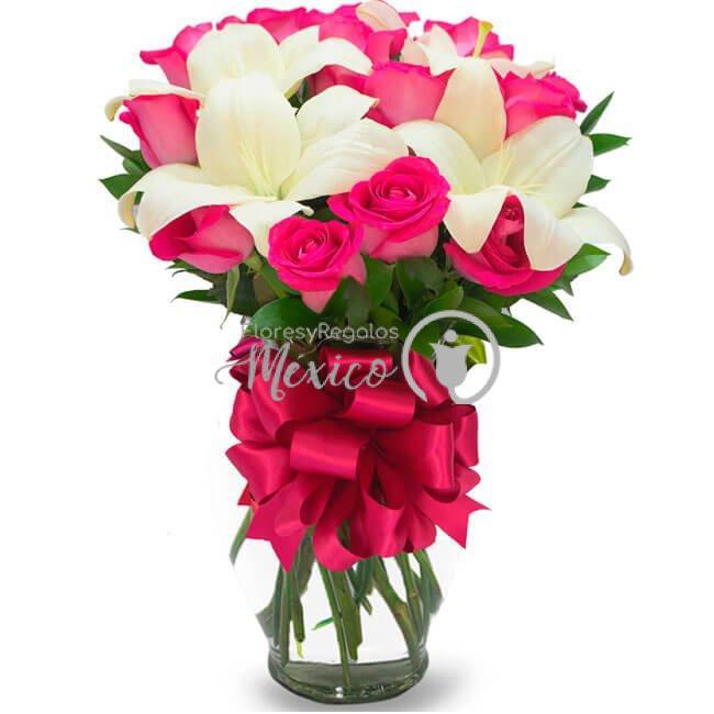 paz-y-ternura-con-lilies-y-rosas