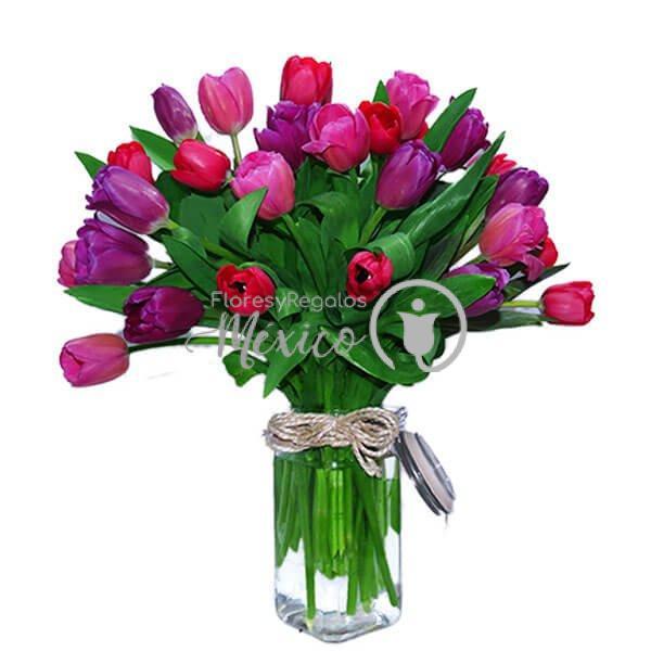 Mason-Jar-de-tulipanes