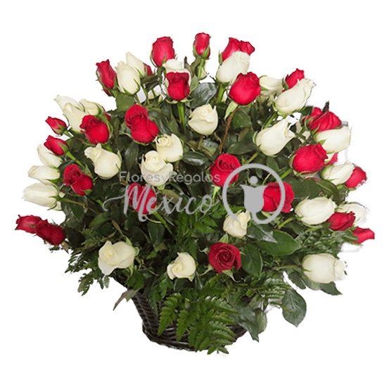 canasta-con-rosas-bicolor